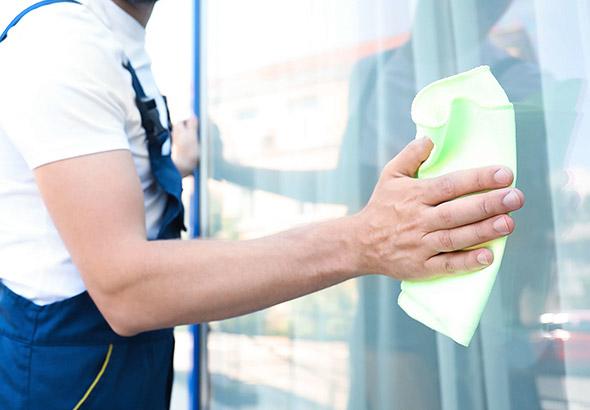 Jakie korzyści oferuje profesjonalne sprzątanie biur?